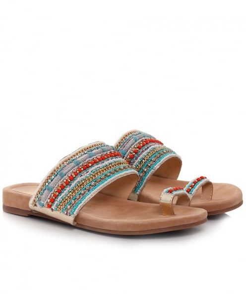 Alma en Pena Beaded Toe Post Sandals